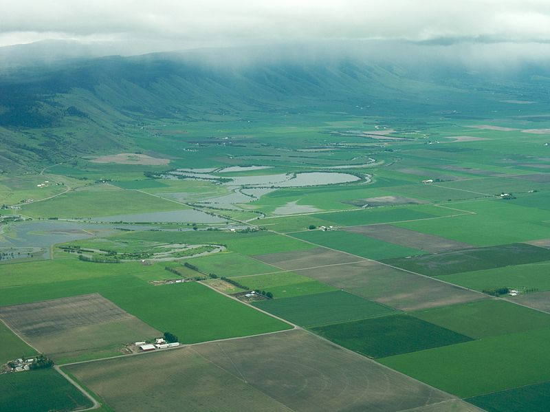 File:Grande Ronde River aerial.jpg