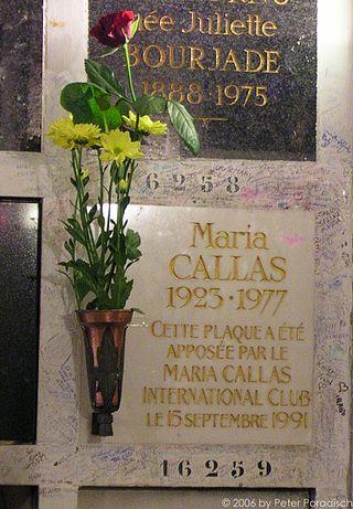 Père Lachaise Cemetery6