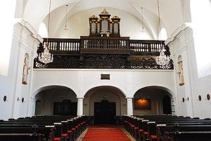 GuentherZ_2011-09-10_0387_Horn_Piaristenkirche_Orgel.jpg