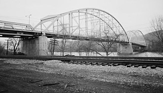 Coraopolis Bridge - Coraopolis Bridge with newer pony truss at left, from SE (Coraopolis side)