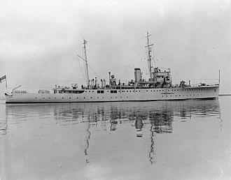 HMS Dundee (L84) - Image: HMS Dundee