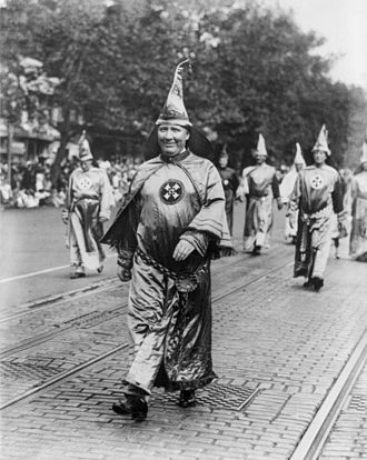 Hiram Wesley Evans - Evans leading his Knights of the Klan on the parade held in Washington, D.C., on September 13, 1926