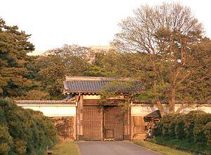 Hattori Hanzō - The Tokyo Imperial Palace's Hanzōmon gate in 2007