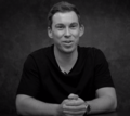 """Hardwell talking about the movie """"Living the Dream"""".png"""