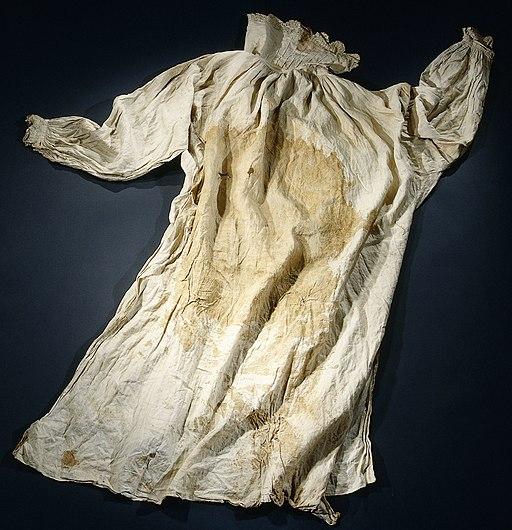 Hemd, mogelijk gedragen door Hendrik Casimir tijdens de bestorming van een fort bij Hulst, NG-NM-1104