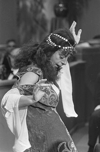 Hetty Blok - Blok playing a Turkish immigrant (1968)