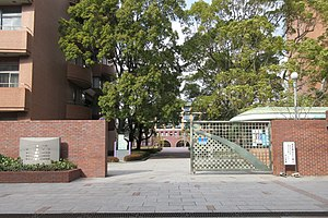 Higashi Osaka University Keiai high school.jpg