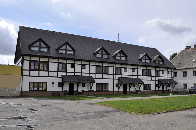 File:Hora Svate Kateriny - nursing home.jpg
