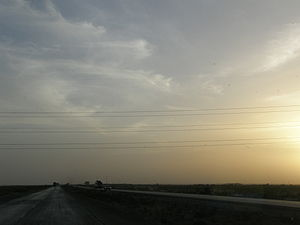Climate of Hyderabad, Sindh - Cirrus cloud indicating monsoon presence.