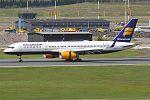 Icelandair, TF-ISL, Boeing 757-223 (27180081805).jpg