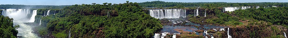 Panorama of the falls from Brazil