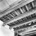 Interieur verdieping balkenplafond - Delft - 20049201 - RCE.jpg