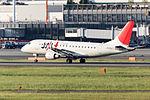J-Air, ERJ-170, JA213J (17351593902).jpg