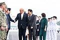 Japanse premier Shinzo Abe en VS-president Donald J. Trump aan boord van de Japanse helikoptercarrier Kaga in Yokosuka, -28 mei 2019 a.jpg