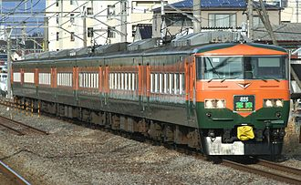 Kusatsu (train) - Repainted set OM03 on a Kusatsu service, January 2012