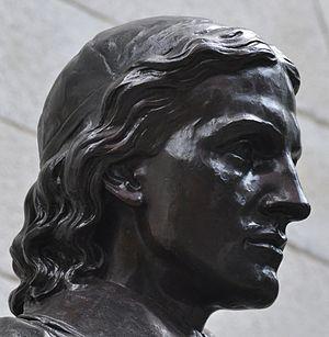 Sherman Hoar - Image: John Harvard Statue right side of head