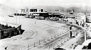 Jordan Road Ferry Pier - Concourse of the Jordan Road vehicular ferry in the 1930s