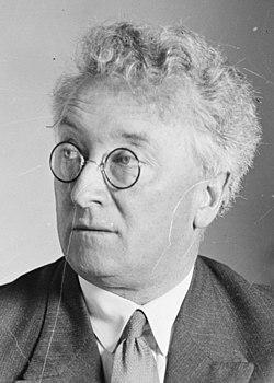Joseph Lyons 1932-01 (cropped).jpg