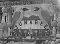 Junabee exhibit at the Warwick Annual Show, 1953.jpg