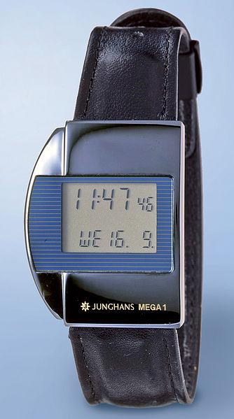 File:Junghans erste Funkuhr Mega1.jpg