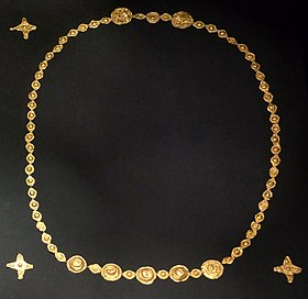 765e06a2a7 Vandalic goldfoil jewellery from the 3rd or 4th century