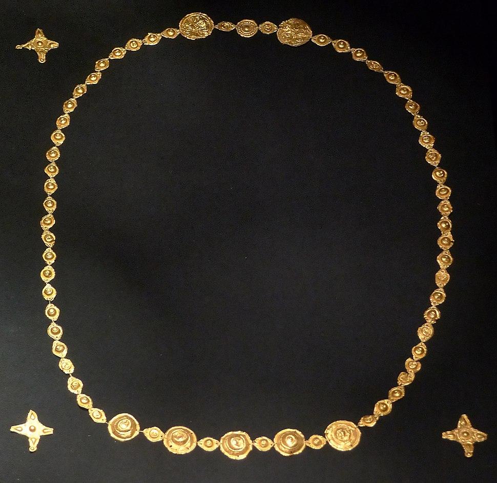 KHM Wien VIIb 105 - Vandalic goldfoil jewelry, c. 300 AD
