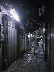 Uno de los callejones de la ciudad (Fuente: Wikipedia)
