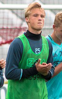 Kasper Dolberg 2016.jpg