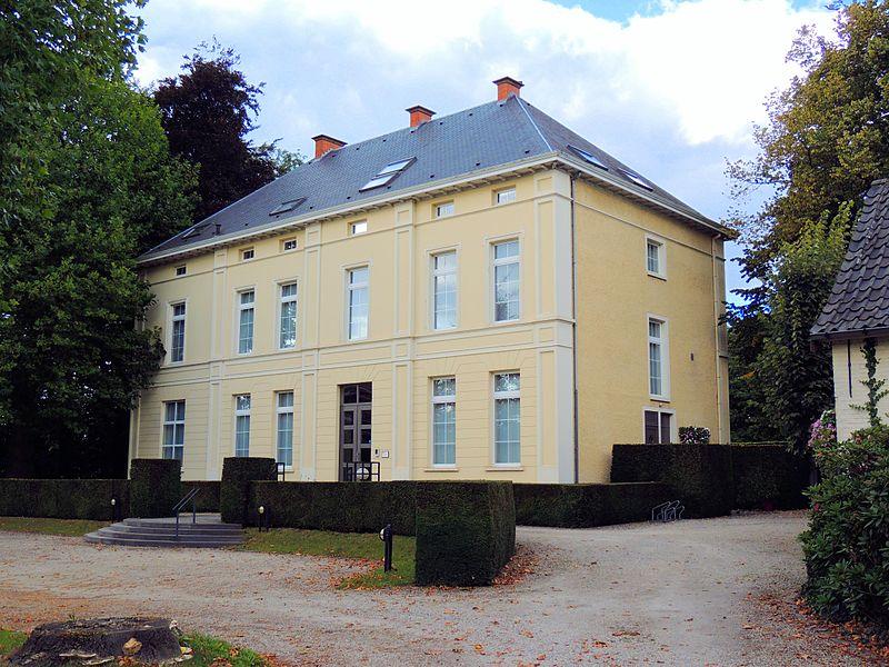 Kasteel Wisselbeke op Merelbeke Centrum aan de Hundelgemsesteenweg
