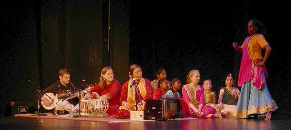 Kathak dance - 2007-10-12 - 02.jpg