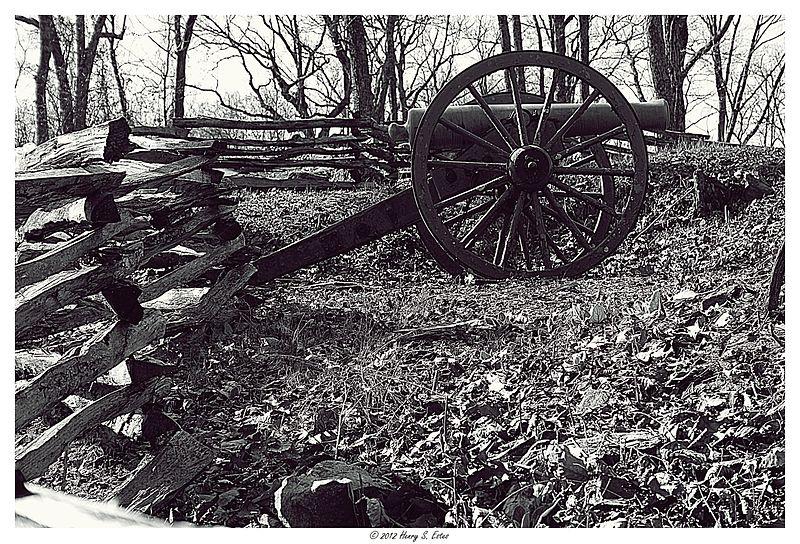Kennesaw Mountian Cannon.jpg
