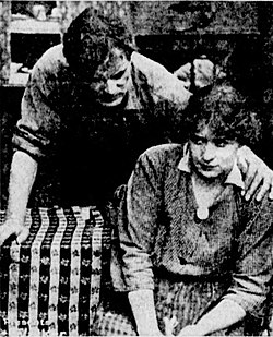 Kindle-1915-movie-scene.jpg