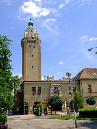 Kiskunhalas - Image: Kiskunhalas városháza