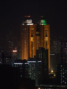 Koryo Hotel at night.JPG
