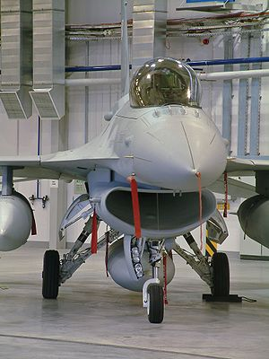 Bubble canopy - F-16 Fighting Falcon showing a bubble canopy
