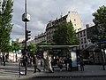 L'heure de départ. Paris Ménilmontant (27495096253).jpg