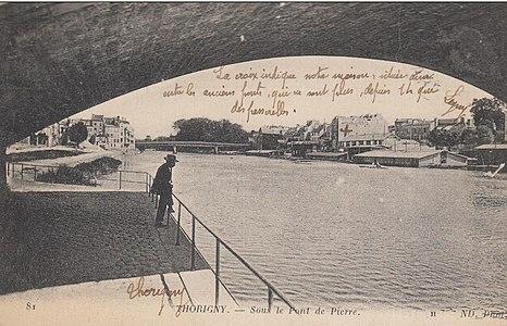 L2001 - Lagny-sur-Marne - Pont de Pierre.jpg