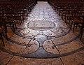 Labyrinthe de la cathédrale de Nôtre-Dame de Chartres.jpg
