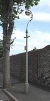 Lanterna kolono ĉe fundo de Skt. la Vojo de Luko, Park Terrace de reĝino, Brajtono (IoE Code 481116).jpg