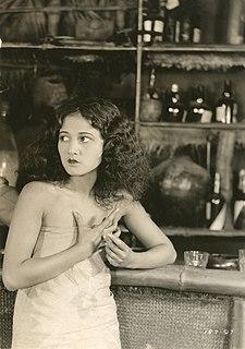 Laska Winter American actress
