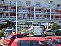 Le front de mer et ses commerces - panoramio.jpg