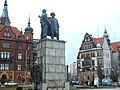 Legnica, plac Słowiański, pomnik Wdzięczności dla Armii Czerwonej Związku Radzieckiego (2).jpg