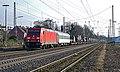 Lintorf DB Cargo 185 211 met het Nederlandse leger (24523779204).jpg