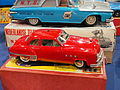 Litho tin toy red Buick.JPG
