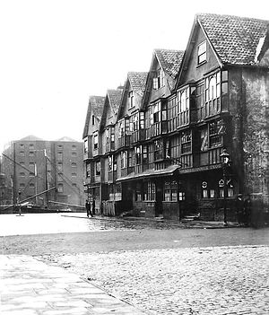 Llandoger Trow - The Llandoger Trow in the early 1930s before part was bombed in World War II