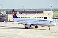 Lufthansa Airbus A321-131; D-AIRK@FRA;10.10.1995 (5471581308).jpg