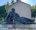Mémorial du carré militaire (cimetière de Saint-Rambert-en-Bugey) - statue.jpg