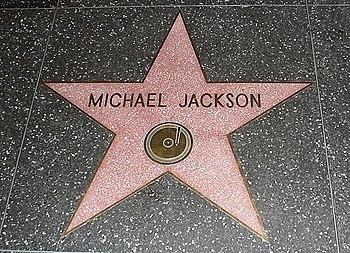 Gwiazda Michaela Jacksona na alei sław w Hollywood