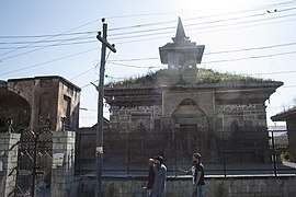Madin Sahib Mosque in Srinagar 02.jpg