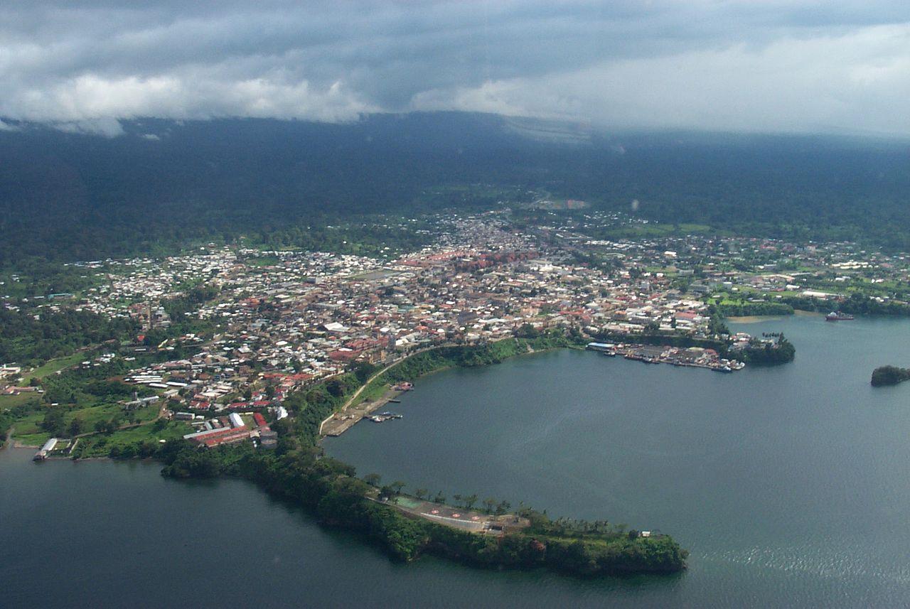 Pelabuhan Malabo.